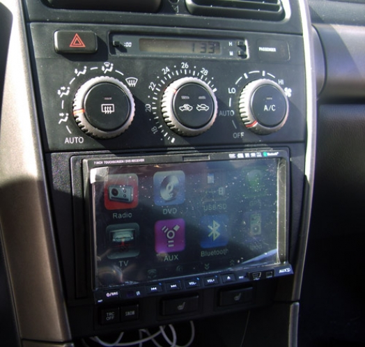 Lexus IS200 2001 - 2 Din installation
