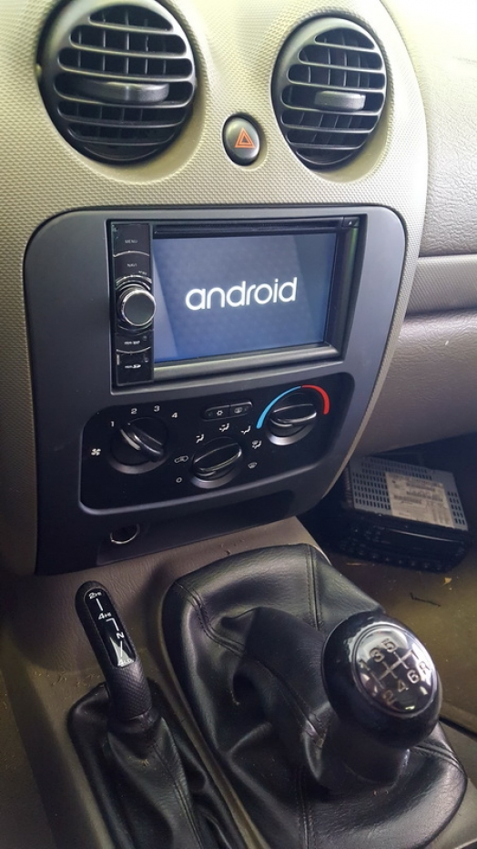 Jeep Cherokee - 2 Din Navi Roadnav S160 + Camera