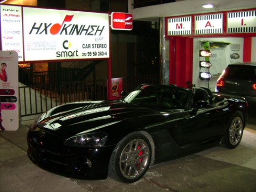 Dodge VIPER 2006 - Kenwood KVT 829DVD