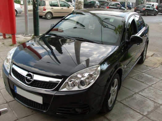 OPEL VECTRA-Sony XNV-770BT